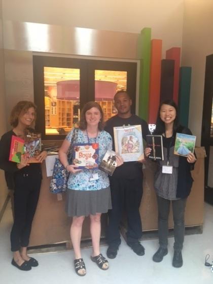 teachers-with-books